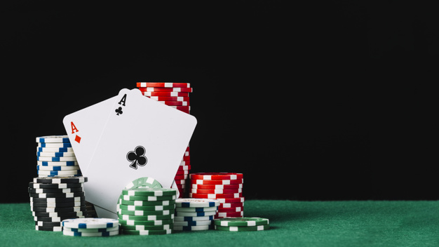 Play QQ Poker Game